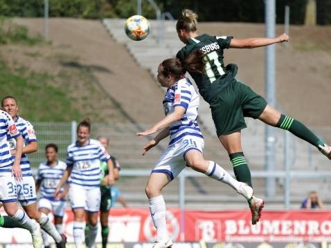Fußball-Bundesliga der Frauen: Popp und Pajor treffen doppelt bei Wolfsburger Kantersieg