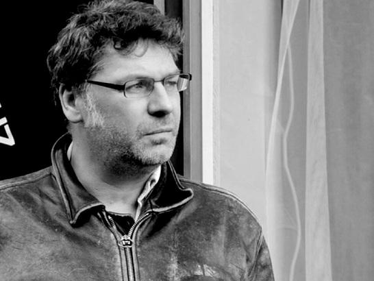 Olifr M. Guz, Sänger der Schweizer Band Die Aeronauten, ist tot