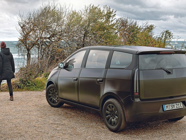 Elektroauto Sono Sion ab 2023 mit 54 kWh großer Lithium-Eisenphosphat-Batterie