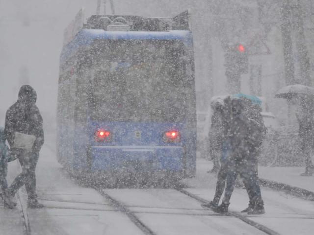 Deutschland-Wetter: Temperatursturz? Meteorologen rechnen mit erstem Schnee