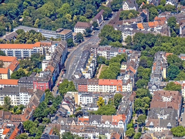 Ruhestörung: 80 Feiernde randalieren in Dortmund – Möllerbrücke geräumt