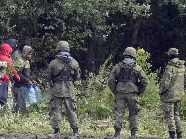 Migration über Belarus: Ungarn kritisiert EU-Haltung zu Grenzzäunen
