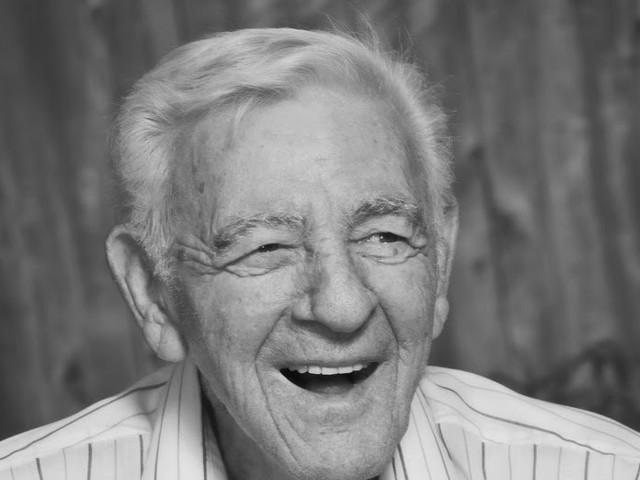 Erfinder des Geschlechtsverkehrs mit 104 Jahren gestorben