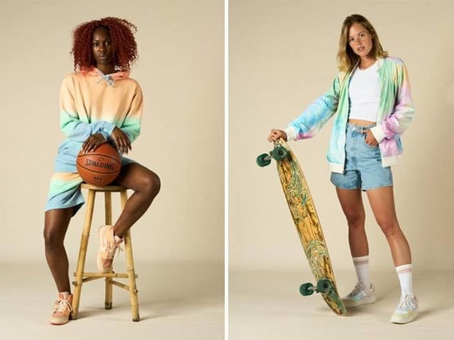COLOURS & SONS Spring / Summer 2022 Womenswear collection
