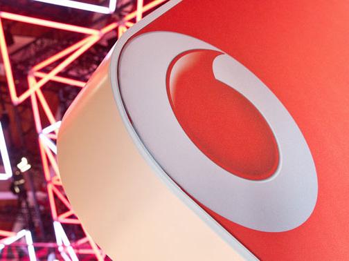 Vertragsabschluss ohne Unterschrift: Vodafone schließt 53 Ladenlokale