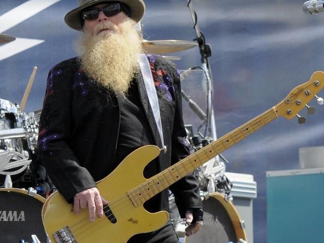 """""""Gimme All Your Lovin'"""": ZZ Top-Bassist Dusty Hill im Alter von 72 Jahren gestorben"""