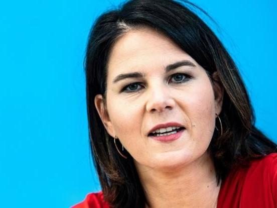 Annalena Baerbock privat: Tochter, Mann, Familie! Wie tickt die Grünen-Kanzlerkandidatin privat