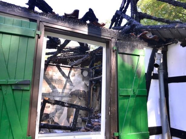 Steigerhaus ist abgebrannt: Das historische Steigerhaus im Muttental ist abgebrannt