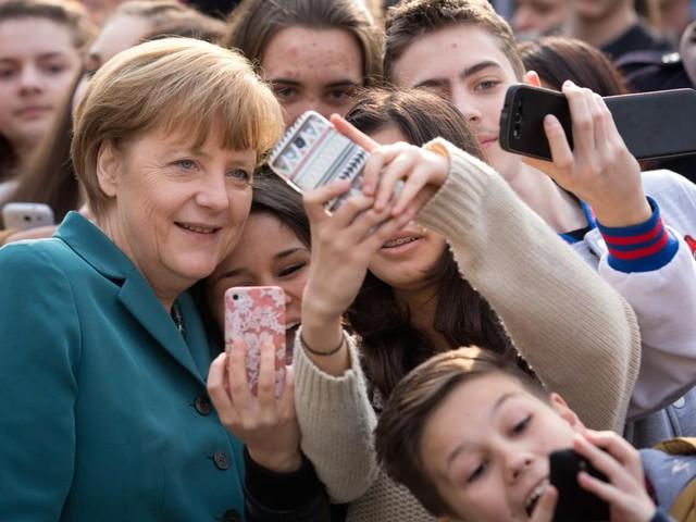Sie kennen (fast) keine andere Kanzlerin als diese: Was verbindet die Generation Merkel?