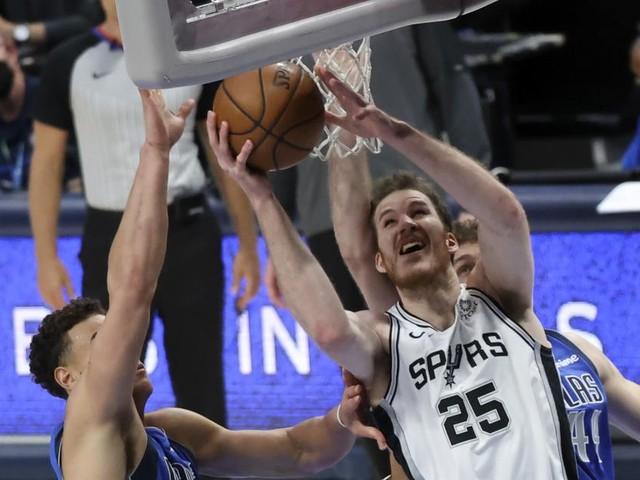 Jakob Pöltl feierte 100. Sieg im Dress der San Antonio Spurs