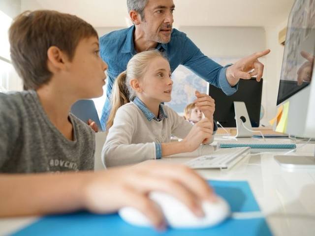 Umfrage: Die meisten Schüler halten ihre Lehrer für digital inkompetent