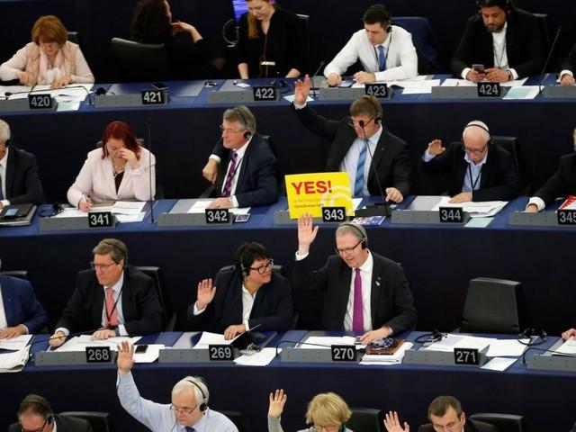 Urheberrecht: EU-Parlament stellt die Weichen im Internet neu