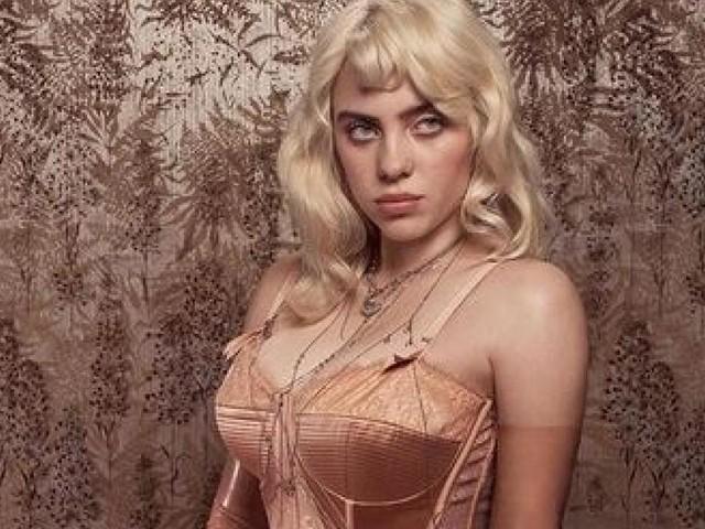 """Dessous statt weite Hose: Billie Eilish sorgt mit """"Vogue""""-Cover für Hype"""