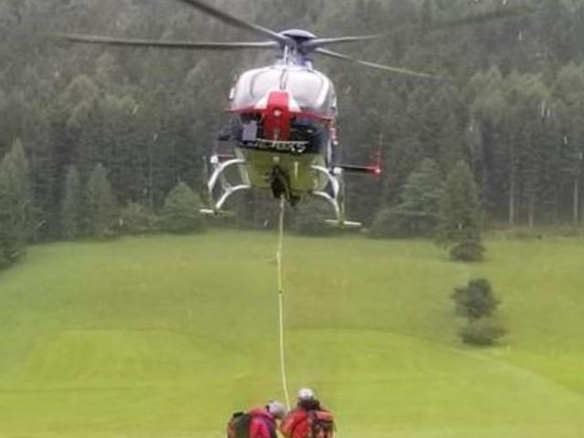 80-Jähriger nach Sturz am Schneeberg von Hubschrauber gerettet