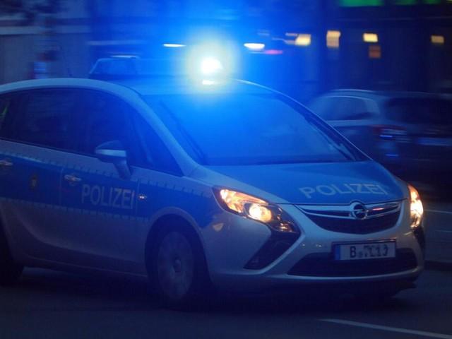 Berlin und Bayern: Autos fahren in Menschengruppen - eine Tote und viele Verletzte