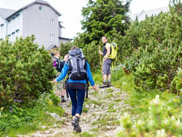 Strafzettel für uneinsichtige Wanderer beim Gipfelsturm