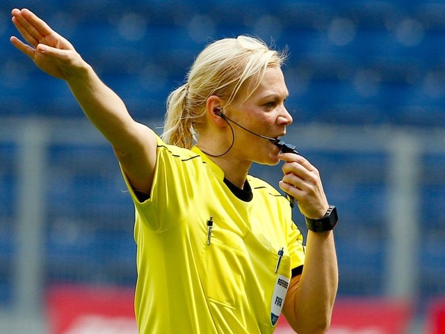 Fußball kompakt: Bundesliga startet ohne Steinhaus