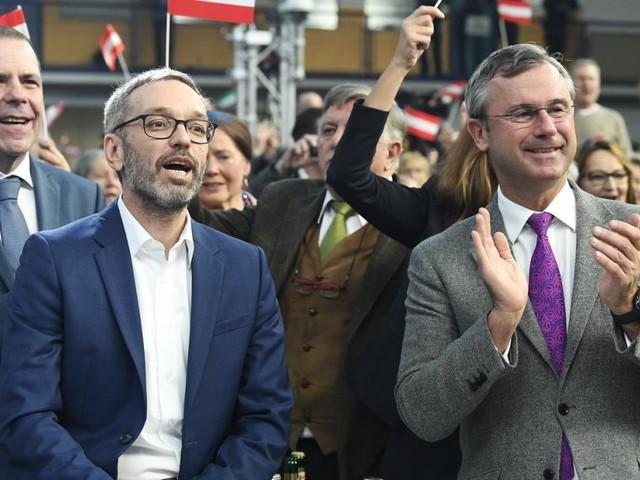 """FPÖ im Kampfmodus gegen """"arrogante ÖVP und naive Grüne"""""""