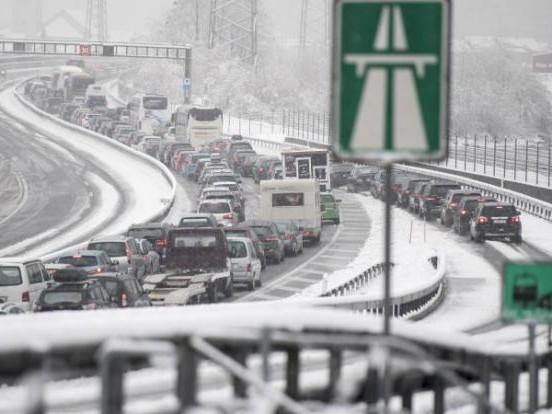 Autobahnen zu! HIER droht Stau-Gefahr am Wochenende