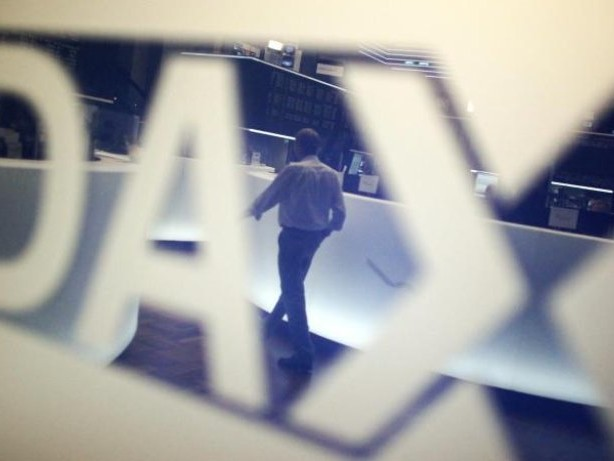 Börse in Frankfurt: Dax weiter im Minus