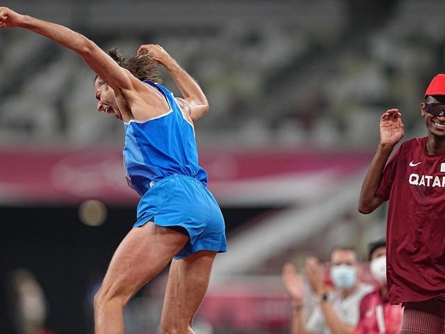 """Tokio 2021: """"Lass' uns Geschichte schreiben"""": Hochspringer verzichten auf Stechen und sind jetzt beide Olympiasieger"""