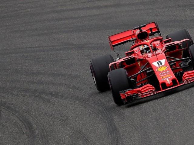 Sebastian Vettel startet von der Pole Position inChina