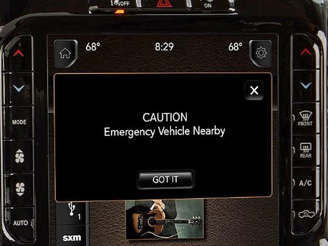 Blaulicht-Assistent von Stellantis: Rettungswagen, Feuerwehr, Assistenzsystem Neuer Blaulicht-Assistent soll Rettungskräften das Leben erleichtern