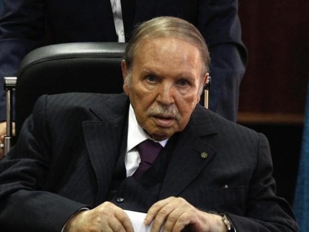 Algerien: Algeriens Ex-Präsident Bouteflika stirbt mit 84 Jahren