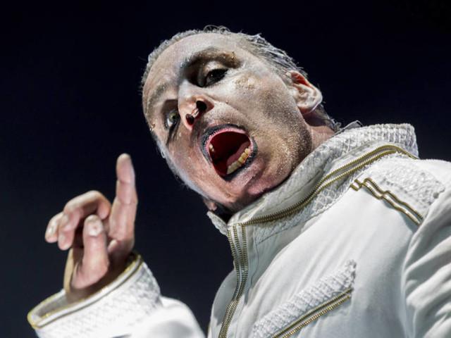 """Rammsteins Till Lindemann: Das ist der Songtext von """"Steh auf"""""""