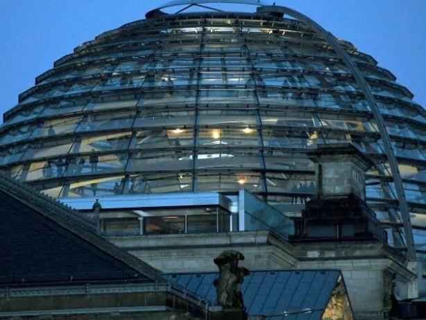 Bundestagsbesuch: Reichstagskuppel in Berlin wegen Reinigung geschlossen