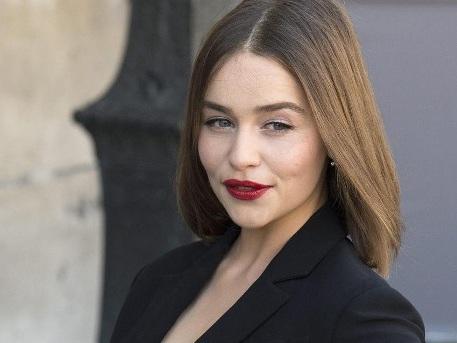 """""""Game of Thrones""""-Star Emilia Clarke ist jetzt blond"""