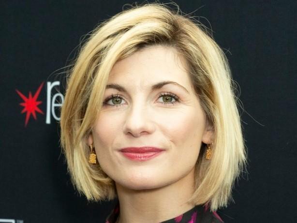 """Auch Showrunner Chris Chibnall geht: """"Doctor Who"""": Hauptdarstellerin Jodie Whittaker steigt aus"""