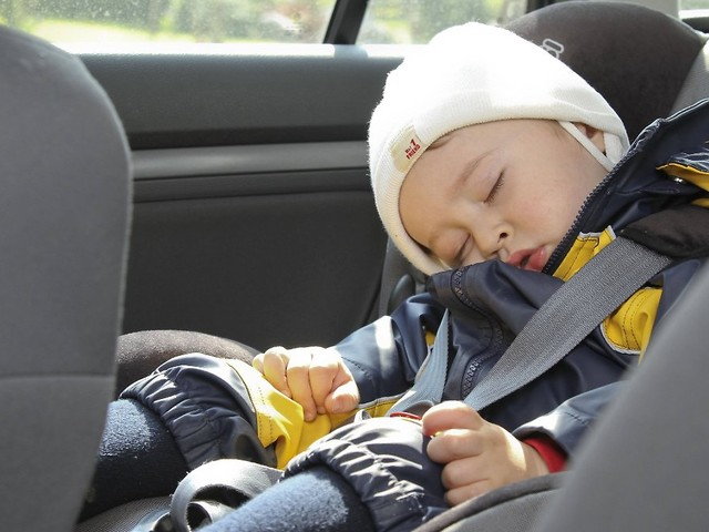 """Zwei sind """"mangelhaft"""": Die meisten Kindersitze sind okay"""