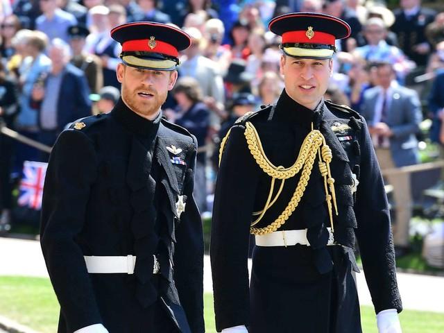 Beerdigung von Prinz Philip: Harry und William laufen getrennt zur Kapelle