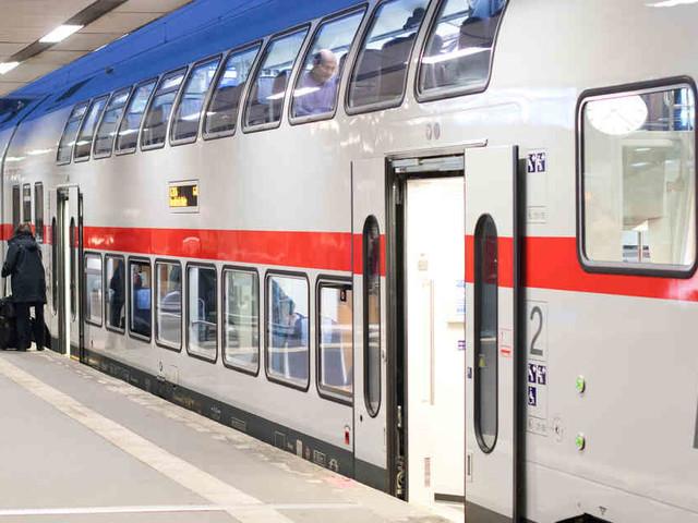 Bahnkunden freut es: Deutsche Bahn schafft kostenloses WLANin allen IC-Zügen