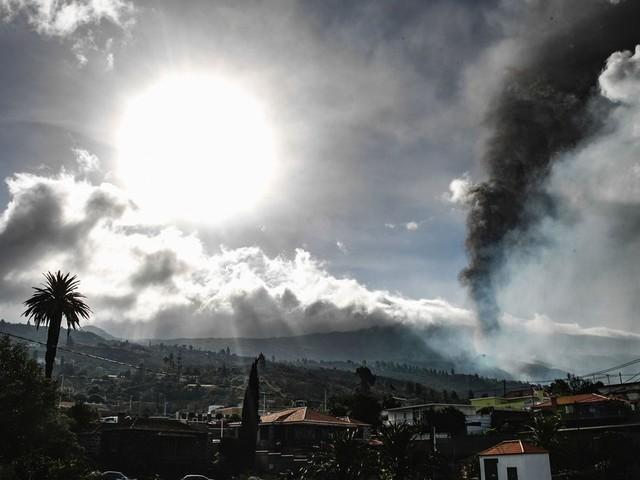 Die Vulkan-Tragödie von La Palma: Erschütternde Video-Bilder +++ Mehr als 350 Häuser zerstört +++ Lava-Lawine wird langsamer