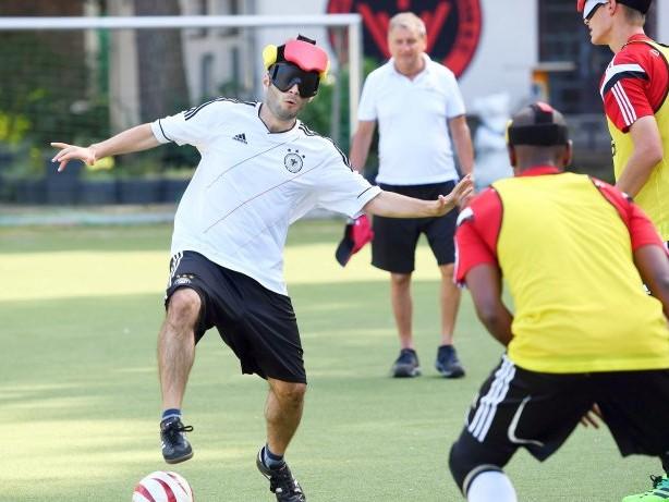 Sport : Blindenfußball-EM kommt zum ersten Mal nach Berlin