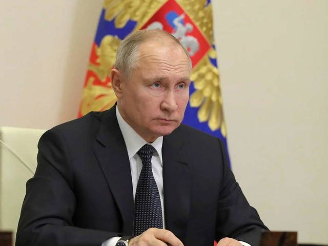 """Sputnik V: Putin wird ausgerechnet bei eigener Impfung kamerascheu - """"Es gefällt ihm nicht"""""""