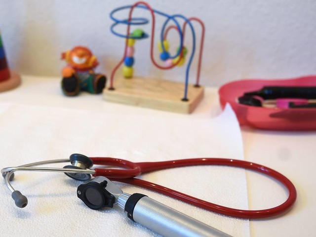 Volle Kinderarztpraxen in NRW: Ärzte besorgt über häufige Erkältungen