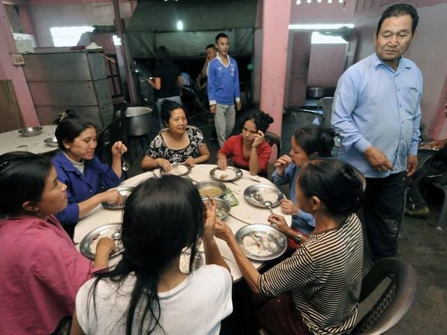 Indien: 38 Ehefrauen, 89 Kinder - Sektenführer gestorben