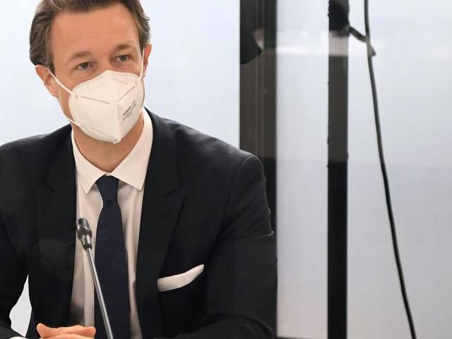 Aktenlieferungen an U-Ausschuss: Neue Gutachten geben Blümel recht