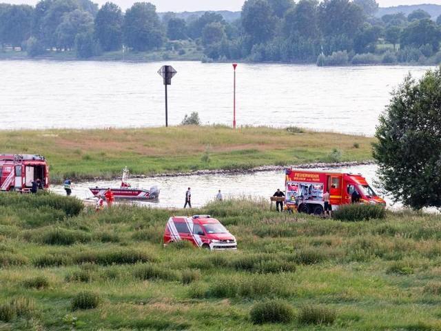 Rettungseinsatz: Badeunfall im Rhein: 17-Jährige tot - Zwei Mädchen vermisst