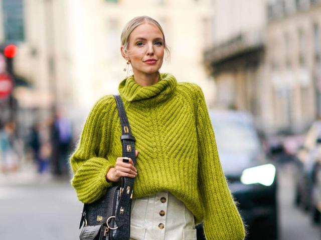 Oversized und kurz : So wird Strick in diesem Herbst getragen
