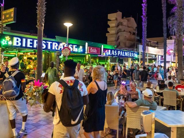 Ballermann-Bars geschlossen: Kann ich den Urlaub stornieren?