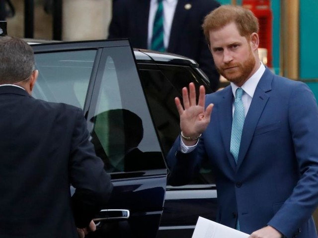 """Prinz Harry """"in den nächsten 24 Stunden"""" zurück in Großbritannien?"""
