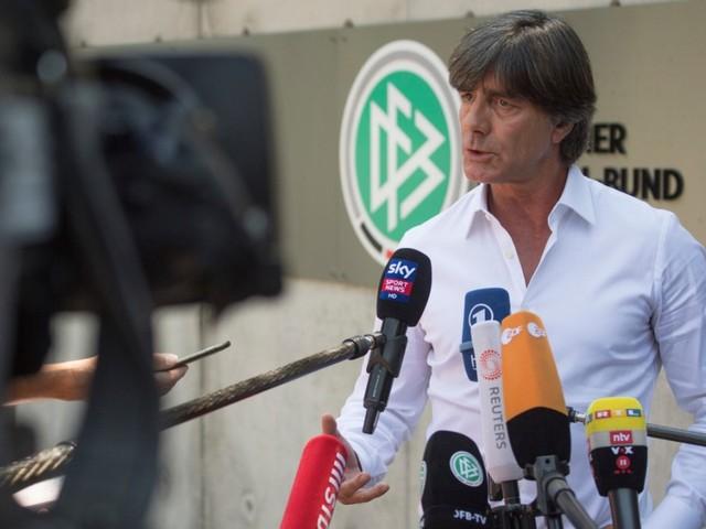 """Nationalmannschaft: Löw über Lahms Kritik: """"Finde das nicht so richtig"""""""