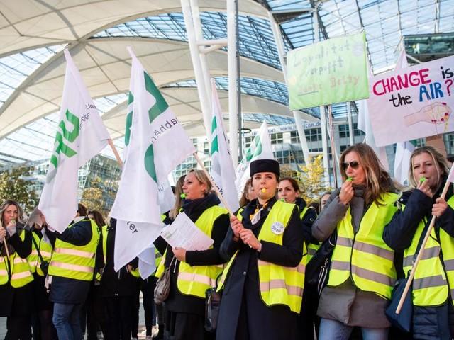 Streik bei Lufthansa: Weltweit fallen 600 Flüge aus