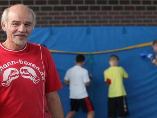 Reinhard Jassmann - Deutscher Profi-Boxer kämpft nach Strahlentherapie um seine Gesundheit