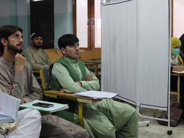 Britische Datenpanne bringt 250 afghanische Übersetzer in Gefahr