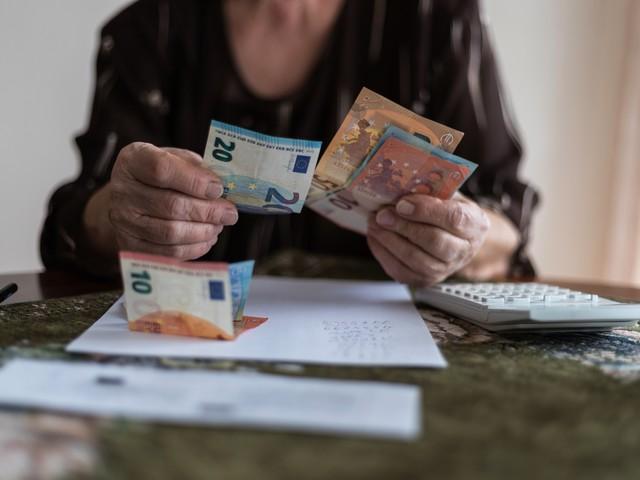 Trotz steigender Beschäftigung: Immer mehr Menschen droht ein Leben in Armut